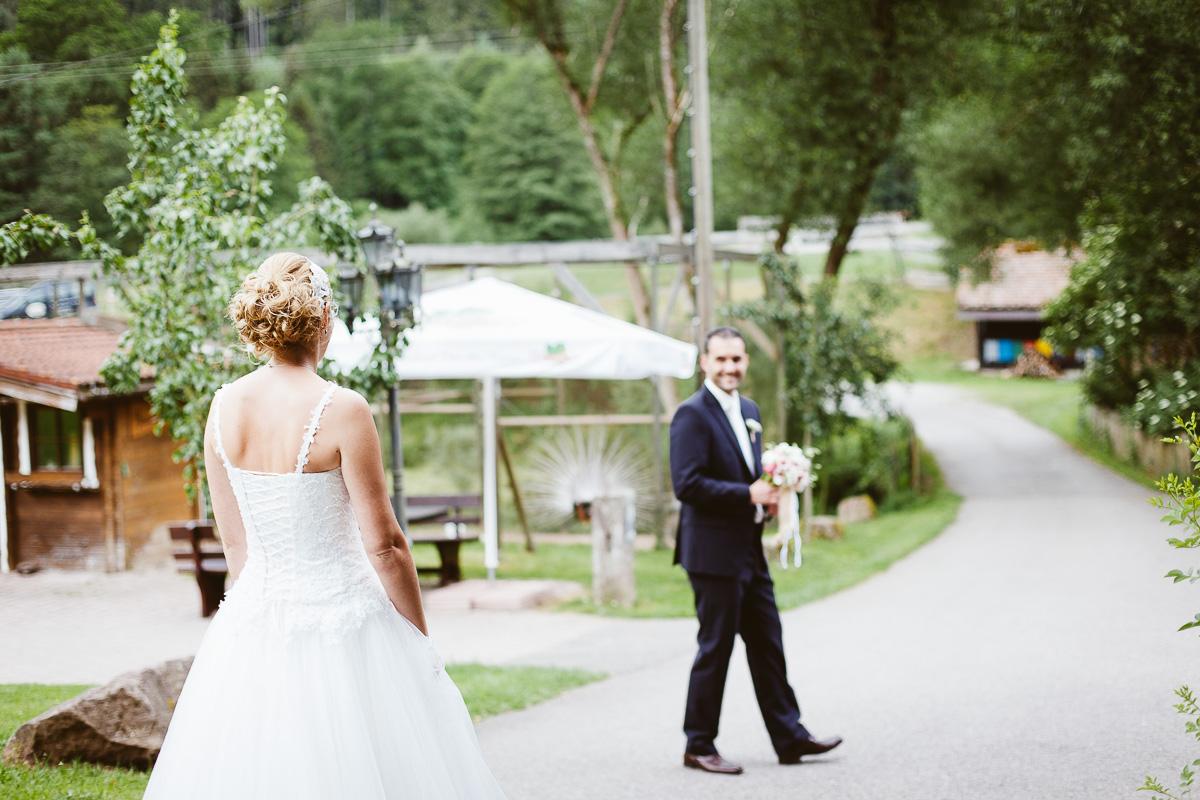 Melli-und-Andy-Hochzeitsreportage-Farbe-web-Foto-Avec-Amis-118