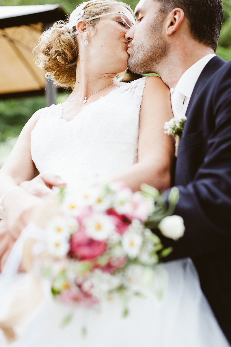 Melli-und-Andy-Hochzeitsreportage-Farbe-web-Foto-Avec-Amis-164