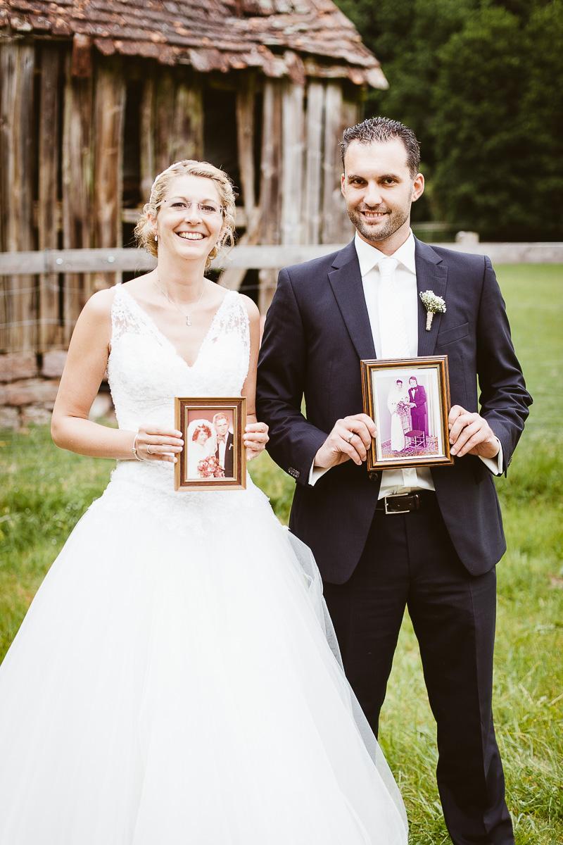 Melli-und-Andy-Hochzeitsreportage-Farbe-web-Foto-Avec-Amis-228