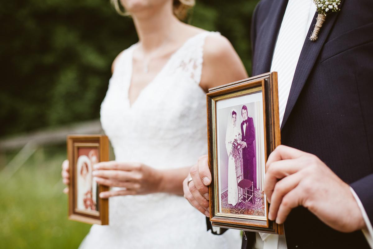 Melli-und-Andy-Hochzeitsreportage-Farbe-web-Foto-Avec-Amis-230
