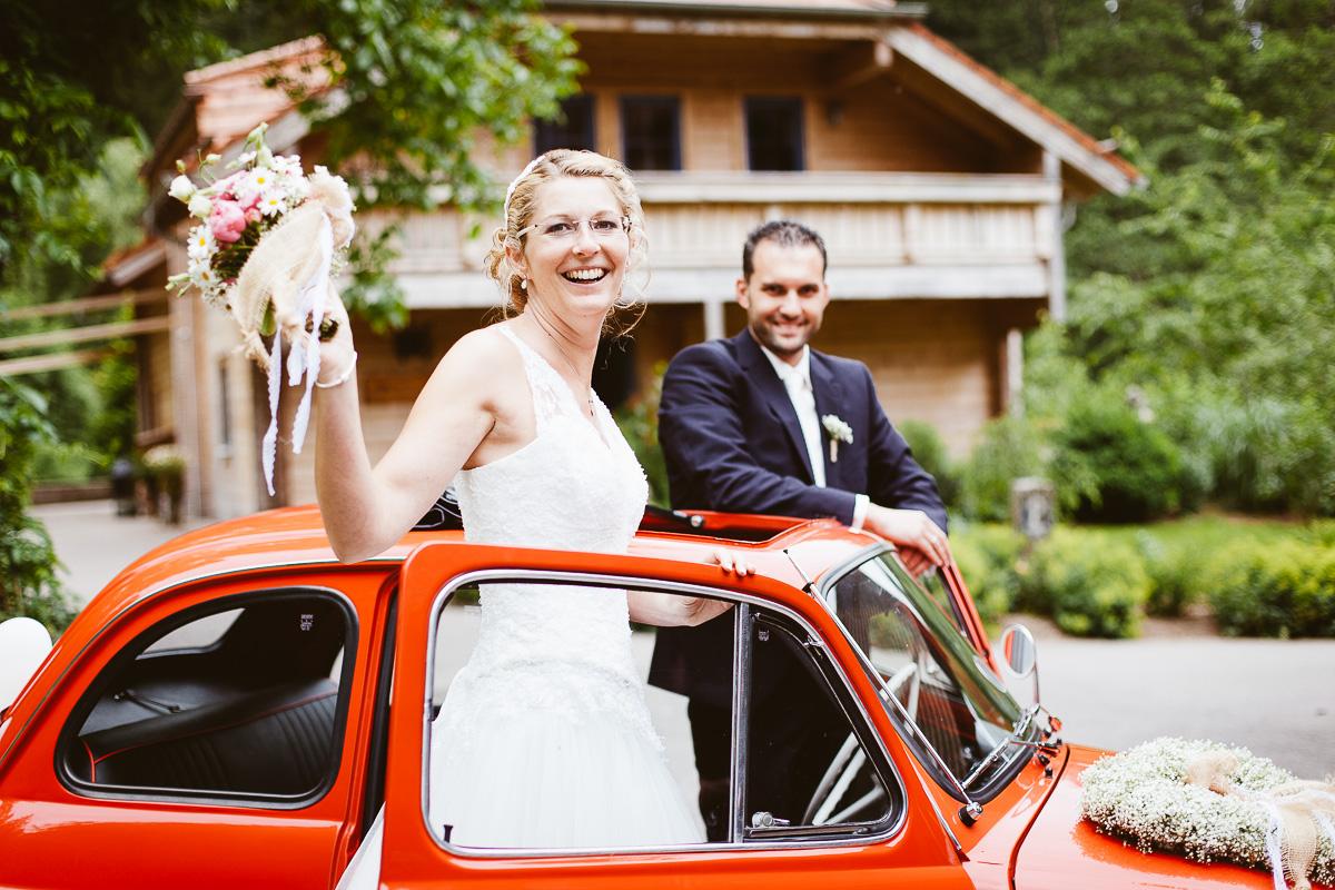 Melli-und-Andy-Hochzeitsreportage-Farbe-web-Foto-Avec-Amis-246