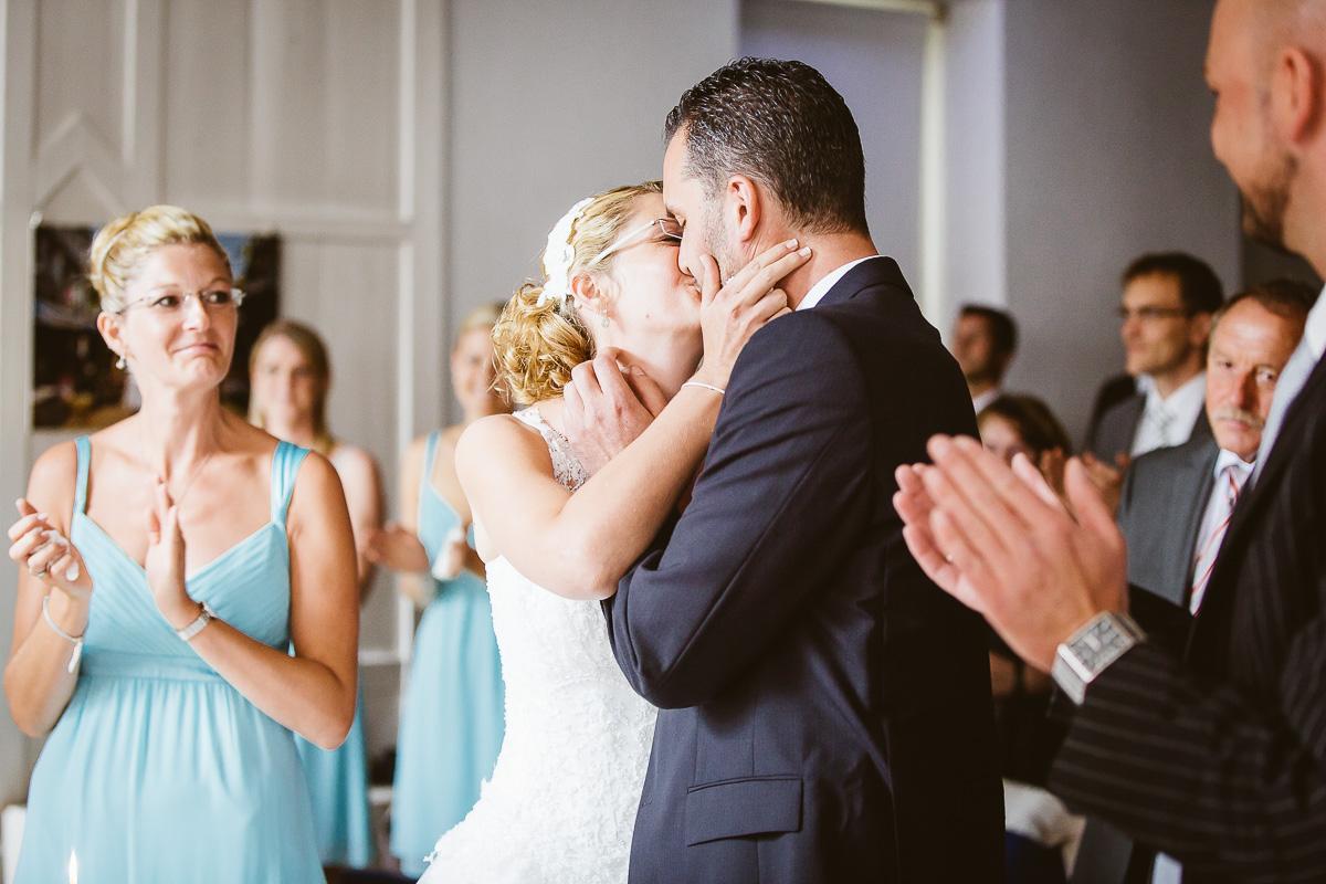 Melli-und-Andy-Hochzeitsreportage-Farbe-web-Foto-Avec-Amis-296