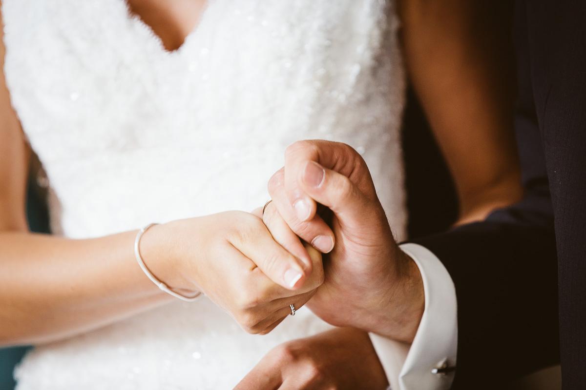 Melli-und-Andy-Hochzeitsreportage-Farbe-web-Foto-Avec-Amis-299
