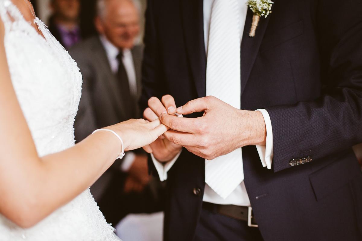 Melli-und-Andy-Hochzeitsreportage-Farbe-web-Foto-Avec-Amis-306