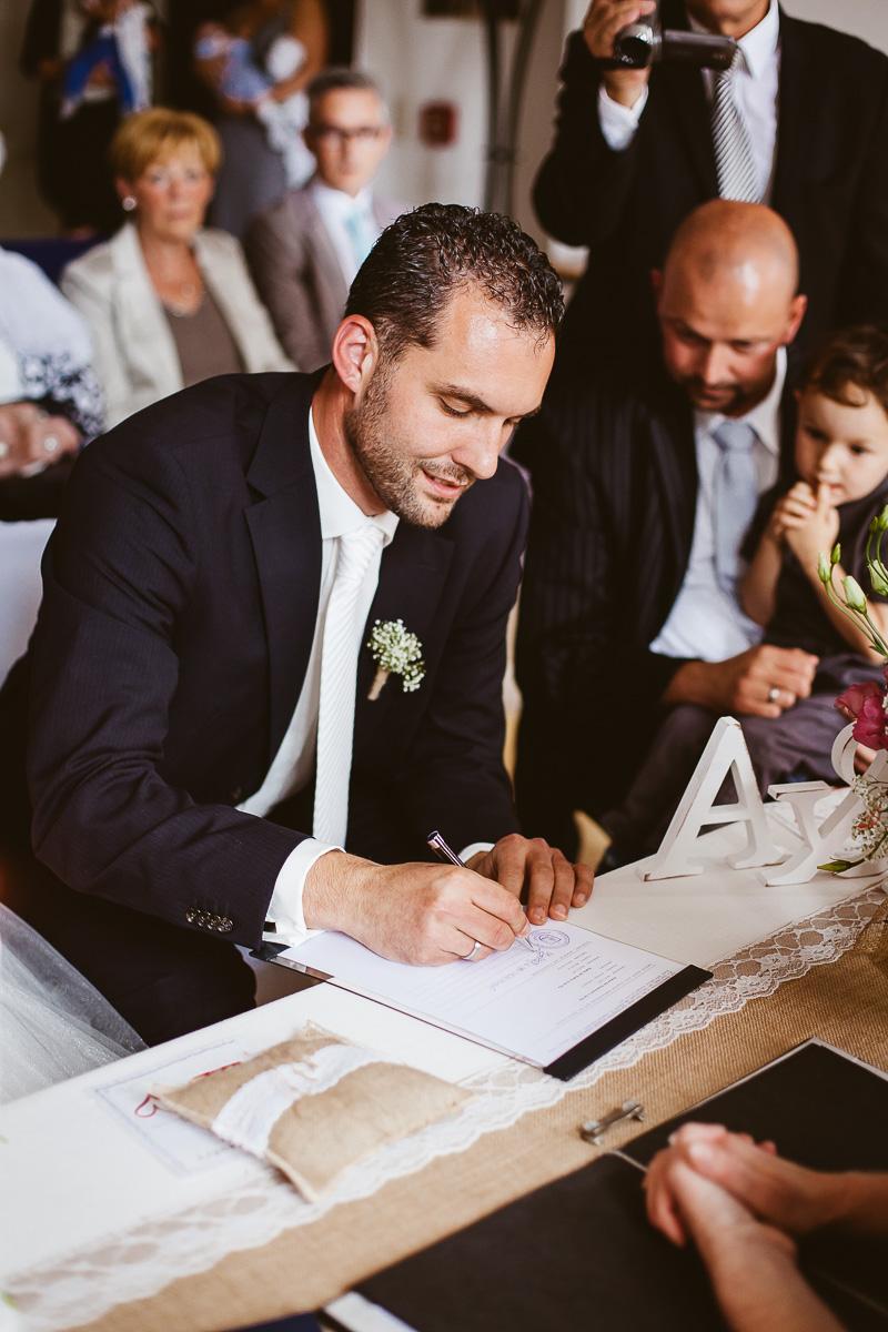 Melli-und-Andy-Hochzeitsreportage-Farbe-web-Foto-Avec-Amis-331
