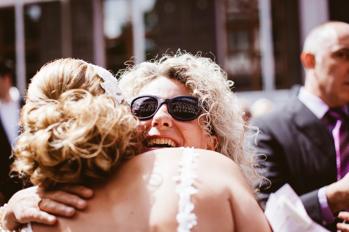 Melli-und-Andy-Hochzeitsreportage-Farbe-web-Foto-Avec-Amis-367