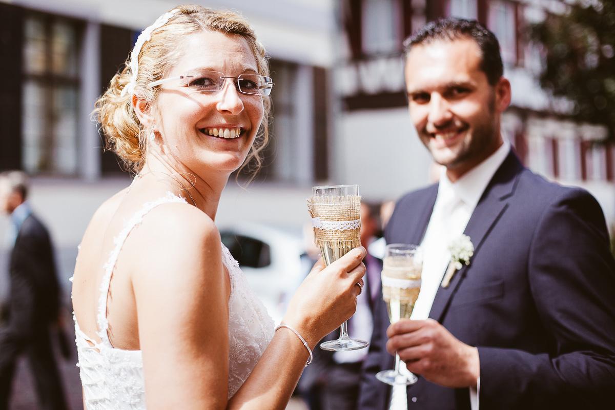 Melli-und-Andy-Hochzeitsreportage-Farbe-web-Foto-Avec-Amis-372