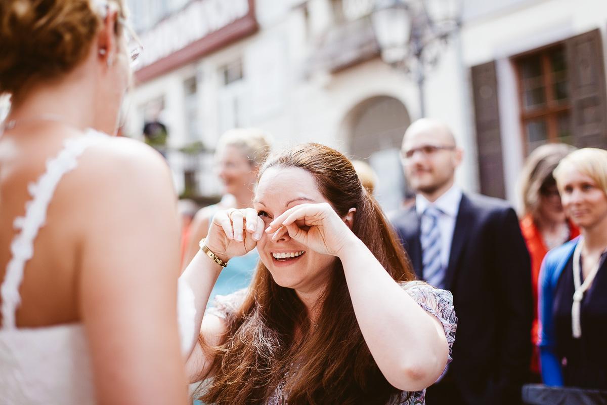 Melli-und-Andy-Hochzeitsreportage-Farbe-web-Foto-Avec-Amis-383