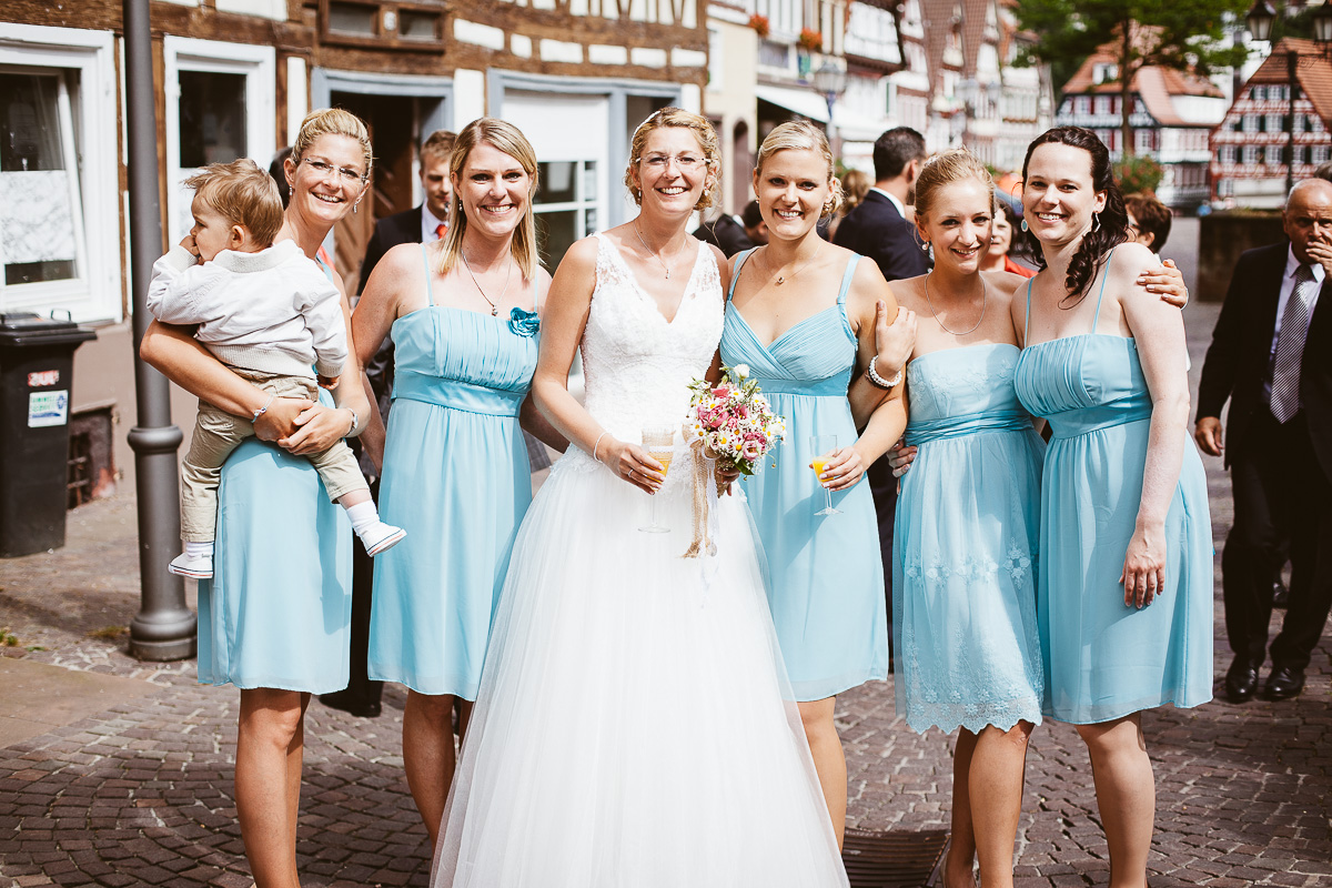 Melli-und-Andy-Hochzeitsreportage-Farbe-web-Foto-Avec-Amis-439