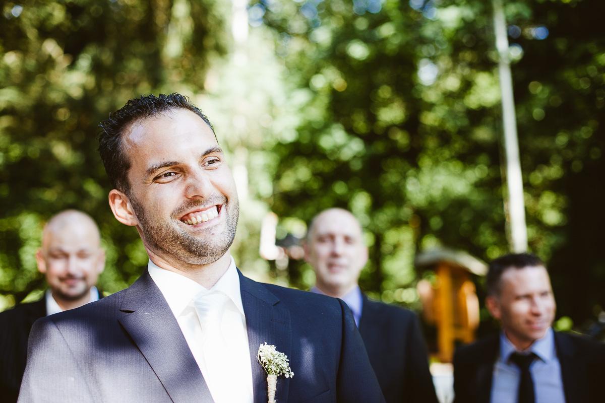 Melli-und-Andy-Hochzeitsreportage-Farbe-web-Foto-Avec-Amis-493
