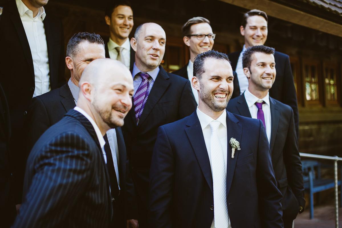 Melli-und-Andy-Hochzeitsreportage-Farbe-web-Foto-Avec-Amis-503