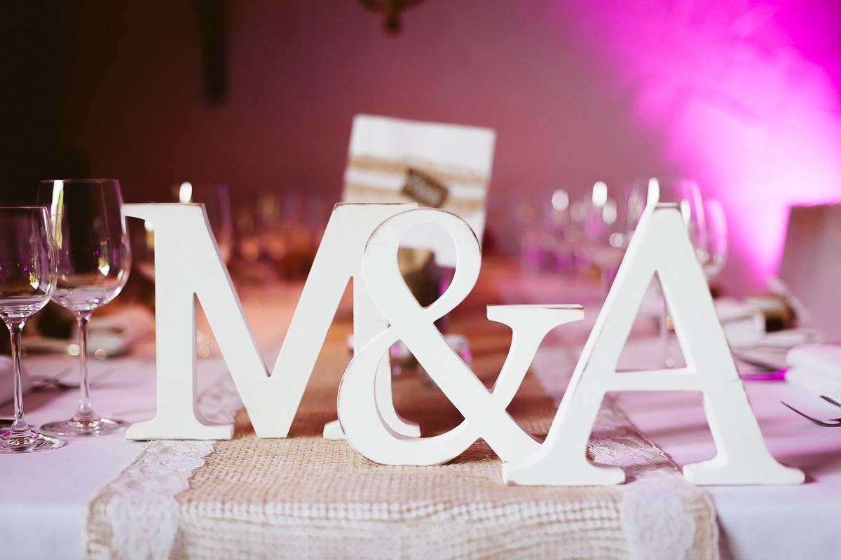 Melli-und-Andy-Hochzeitsreportage-Farbe-web-Foto-Avec-Amis-523