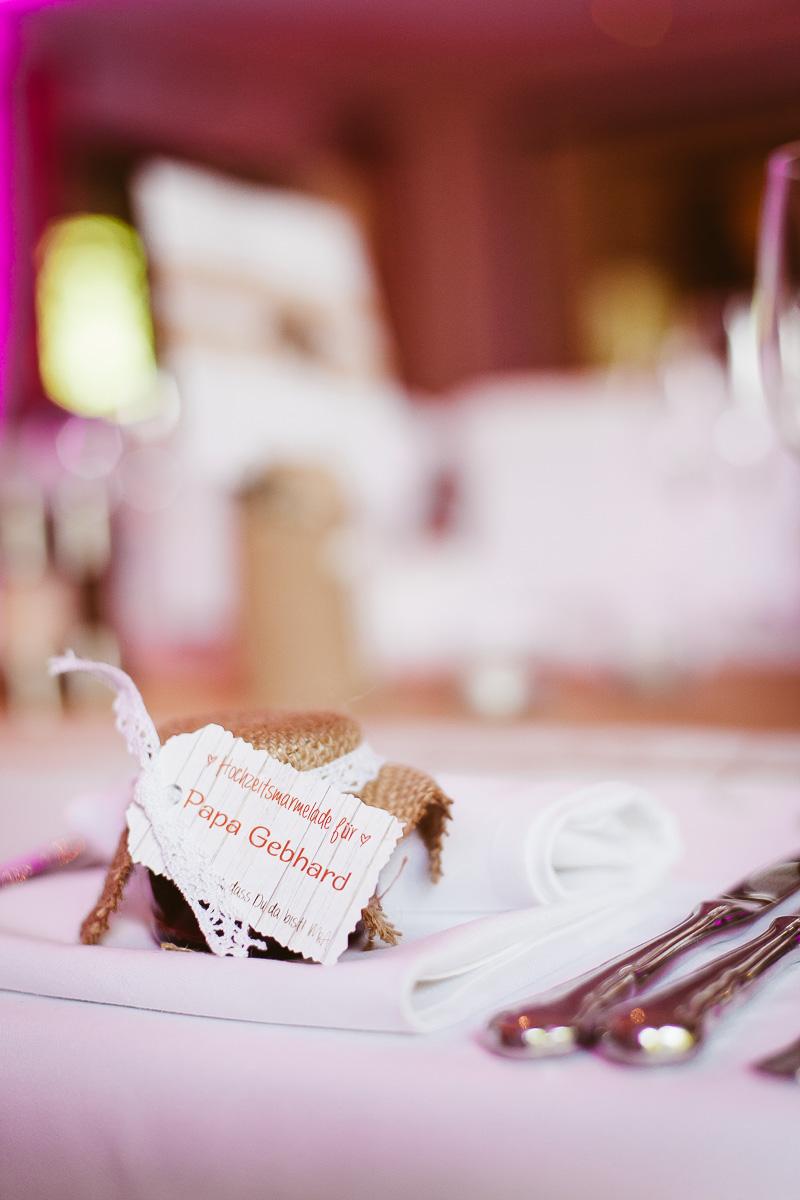 Melli-und-Andy-Hochzeitsreportage-Farbe-web-Foto-Avec-Amis-524