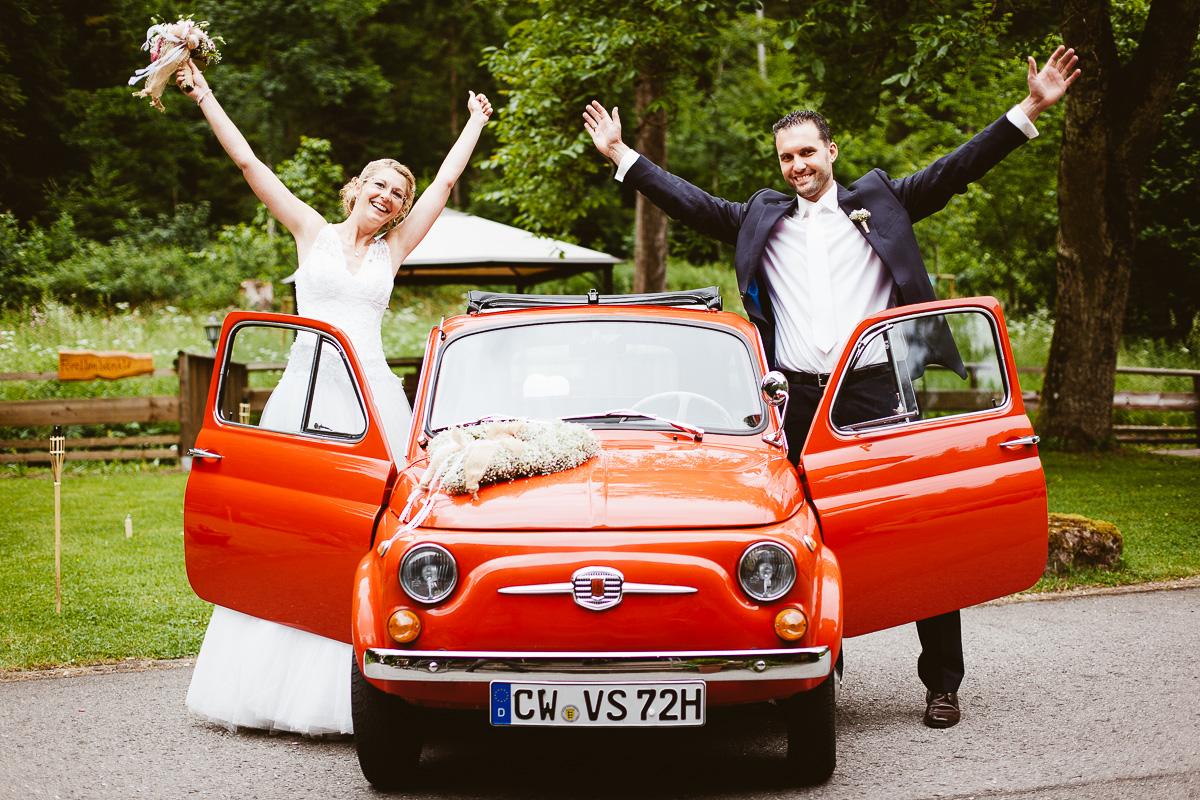 Melli-und-Andy-Hochzeitsreportage-Farbe-web-Foto-Avec-Amis-251