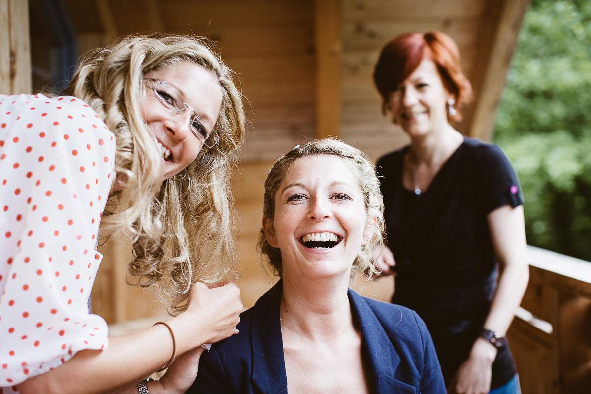 Melli-und-Andy-Hochzeitsreportage-Farbe-web-Foto-Avec-Amis-28