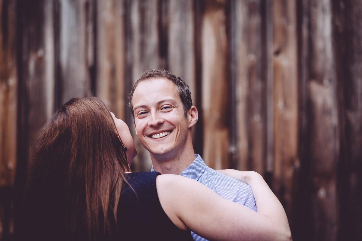 Dorothea-und-Lukas-Engagement-Foto-Avec-Amis-Photography
